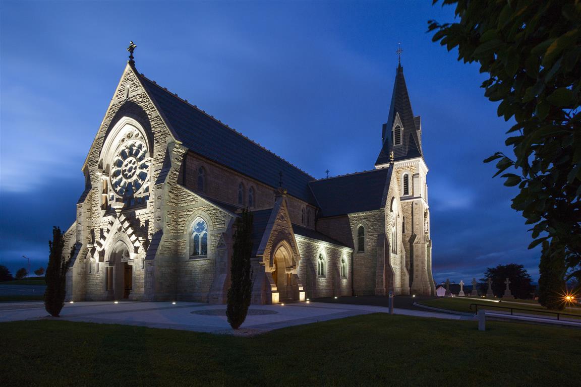1-kingscourt-church-by-night.jpg